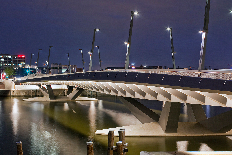 Baakenhafen-Bridge_01_HafenCity-Hamburg-GmbHWilfried-Dechau