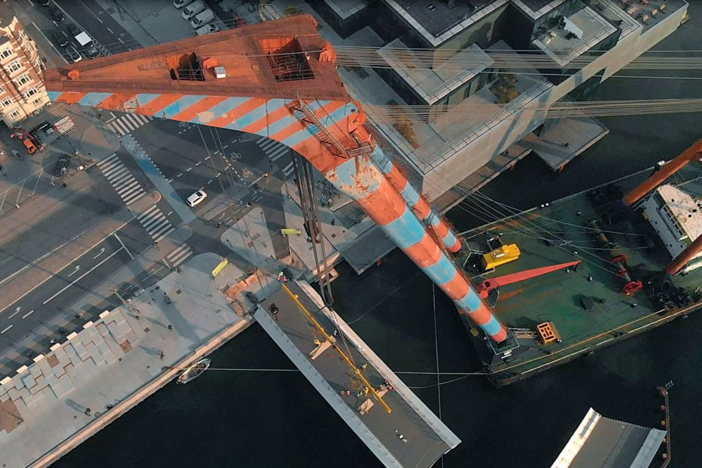 Installation of Lille Langero bridge