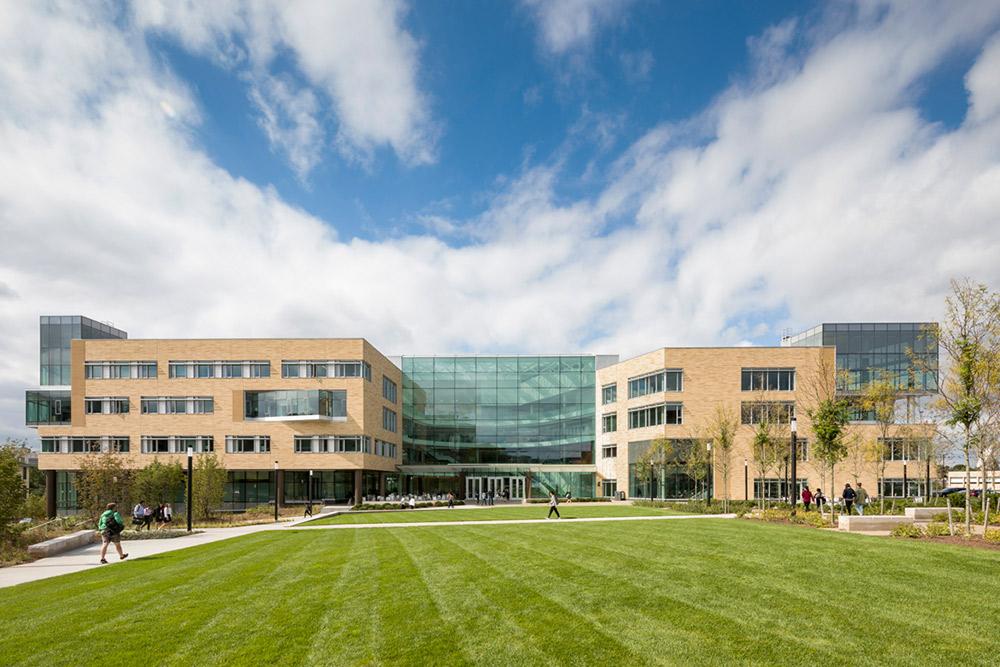 Exterior landscape view Tepper School of Business