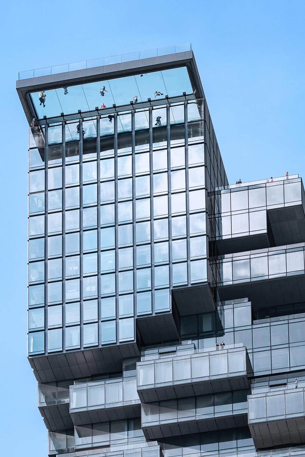 close up of MahaNakhon sky deck from below